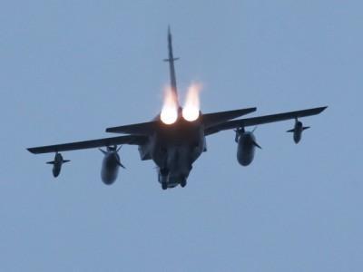 American Jets Scramble against Syrian Aircraft Bombing Kurdish